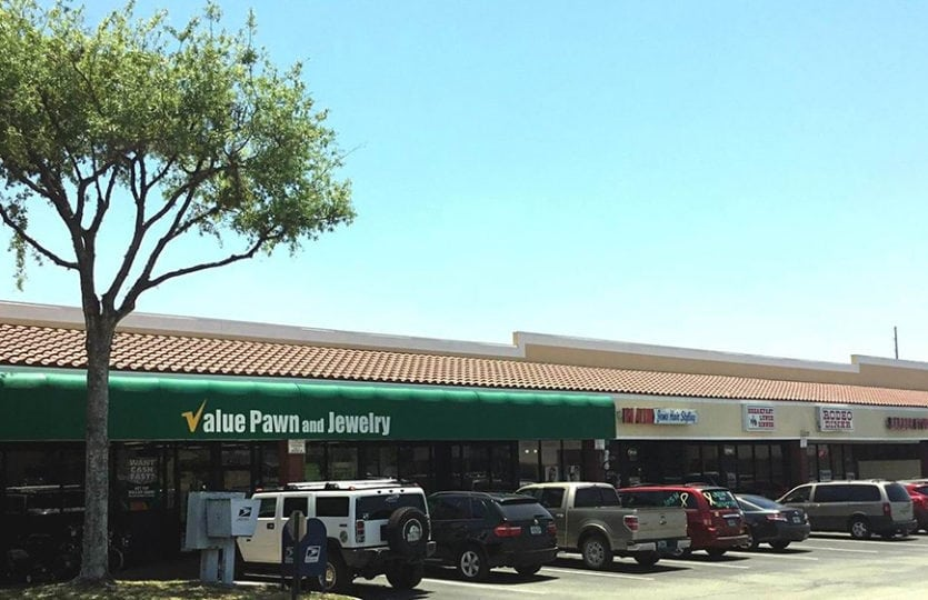Oak Park Shopping Center - Schoolfield Properties